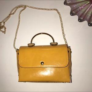 Mustard yellow crossbody bag